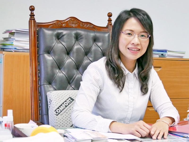 所友鄭素玲榮任勞動部長辦公室主任