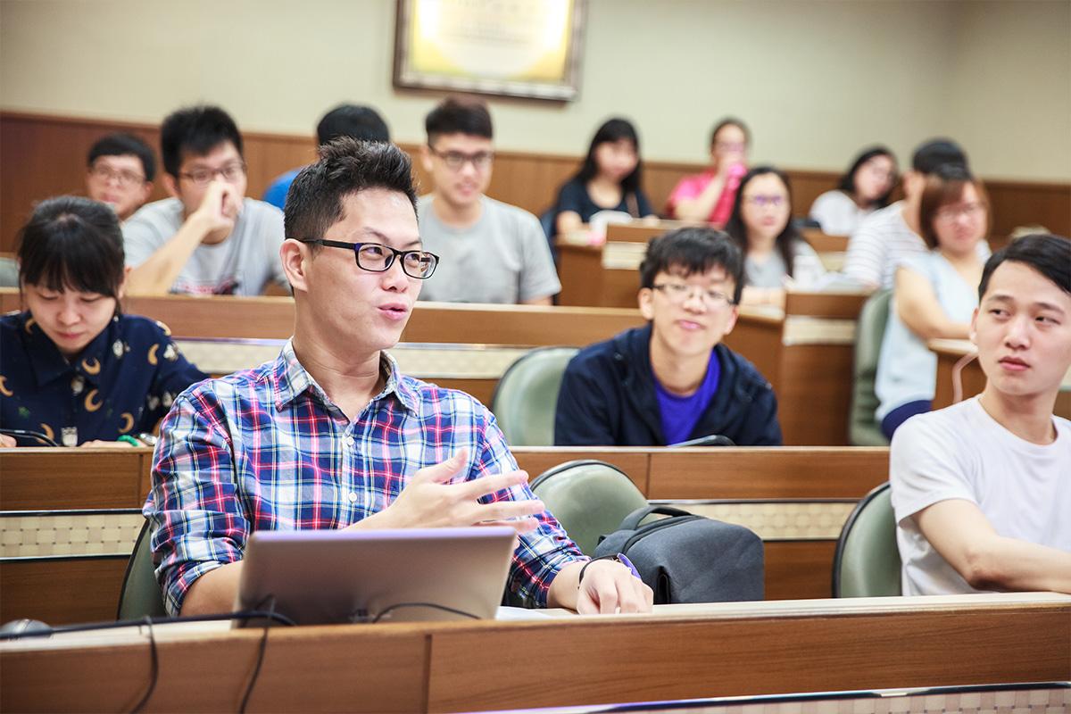 105學年度學術演講活動列表